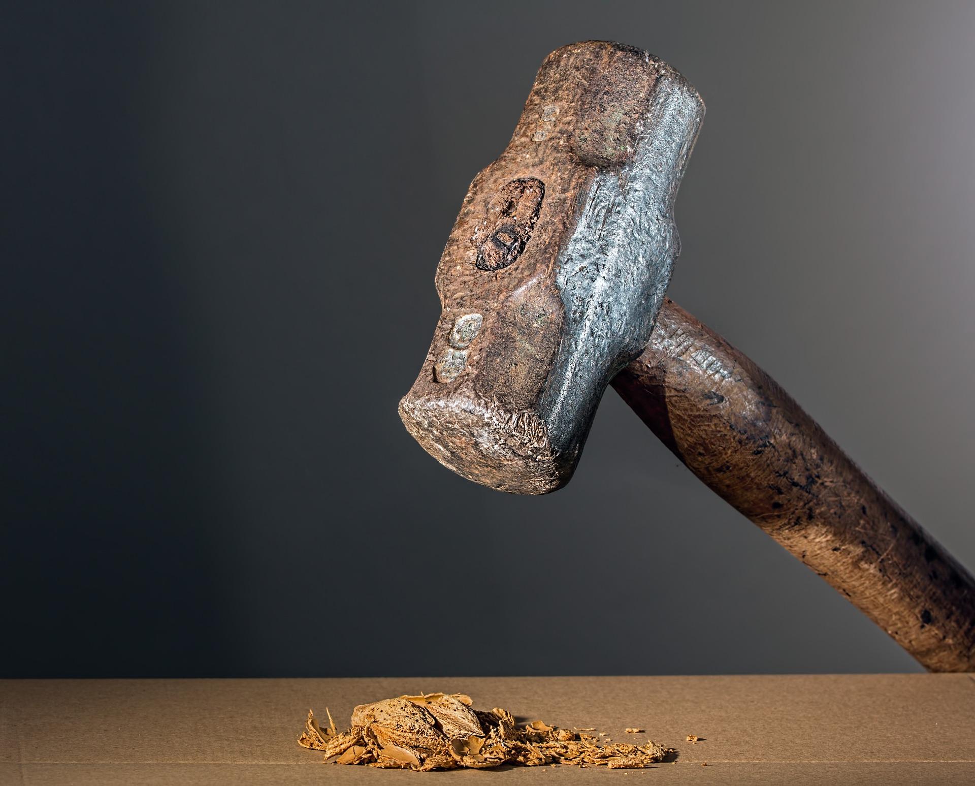 Hammer_Pulverizing